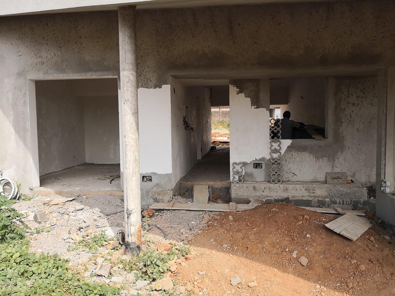 Civil construction work in Guinea-Bissau